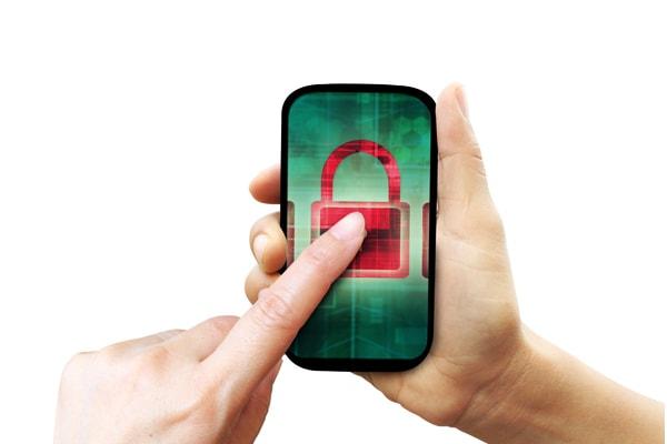 ¿Qué hago si creo que espían mi teléfono?